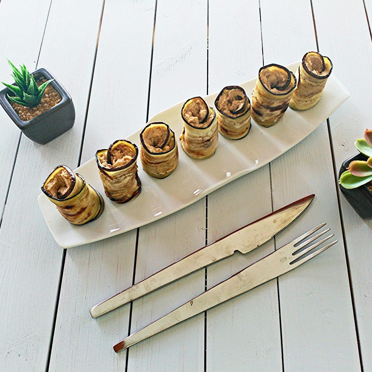 Rollitos de berenjena con paté de lentejas