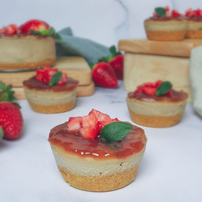 Mini cheese cakes veganos de chocolate blanco