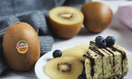 Pastel de kiwi, coco y chía