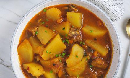 Estofado de patata con carne vegetal