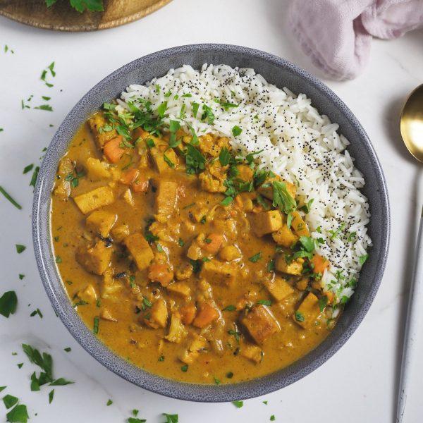 Curry de verdura y tofu